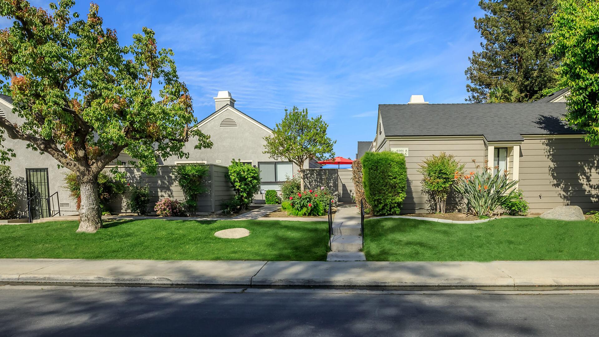 Laurelwood Gardens West Villas Apartment Homes In